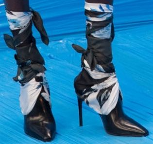 Picture of Alek Wek shoes