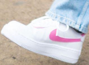 Picture of Dua Lipa shoes