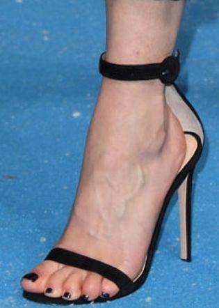 Picture of Emilia Clarke shoes