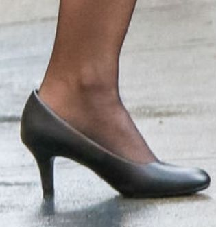 Picture of Emily Blunt shoes