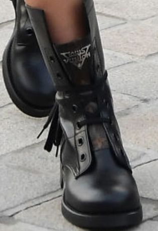 Picture of Emma Chamberlain shoes