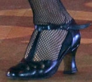 Picture of Kaitlyn Bristowe shoes