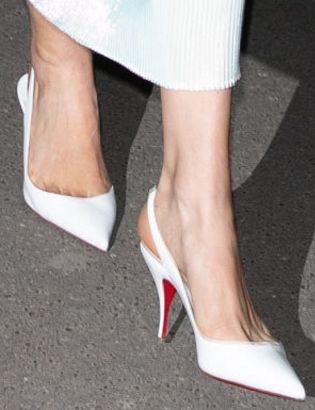 Picture of Karlie Kloss shoes