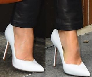 Picture of Margot Robbie shoes