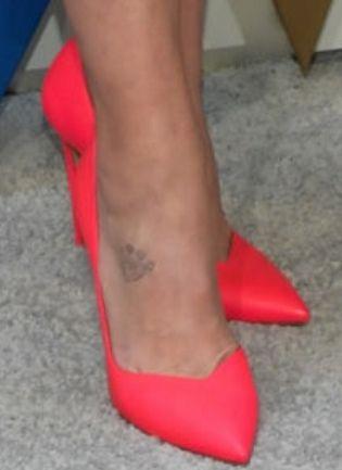 Picture of Miranda Lambert shoes