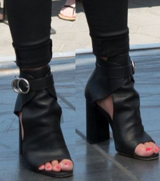 Picture of Savannah Chrisley shoes