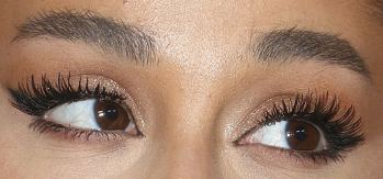 Picture of Ariana Grande eyes, eyelashes, and eyebrows