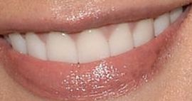 Picture of Ashley Greene teeth and smile