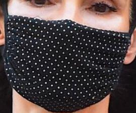 Picture of Famke Janssen coronavirus mask