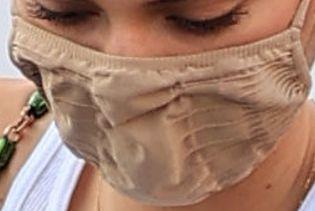 Picture of Kendall Jenner coronavirus mask