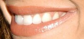 Picture of Maria Menounos teeth and smile