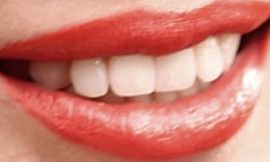 Picture of Olivia Munn teeth and smile