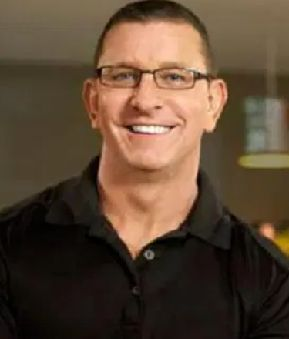 Image of Robert Irvine