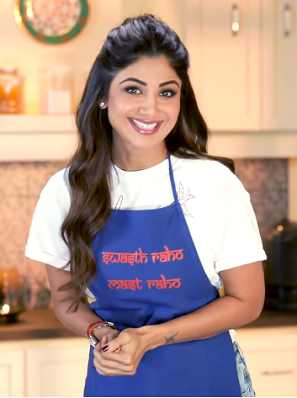 Actress Shilpa Shetty shows us how to make both Egyptian Egg Salad and the tahini dressing that goes on top.