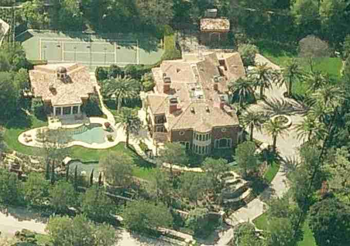 Reba McEntire house in Beverly Hills