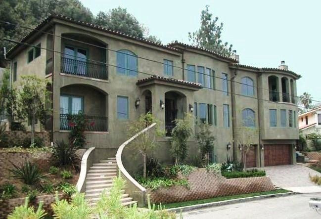 Vanessa Hudgens house in LA, California