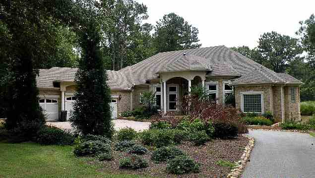 photo: house/residence of cool friendly fun  6 million earning Palmetto, Georgia, United States-resident