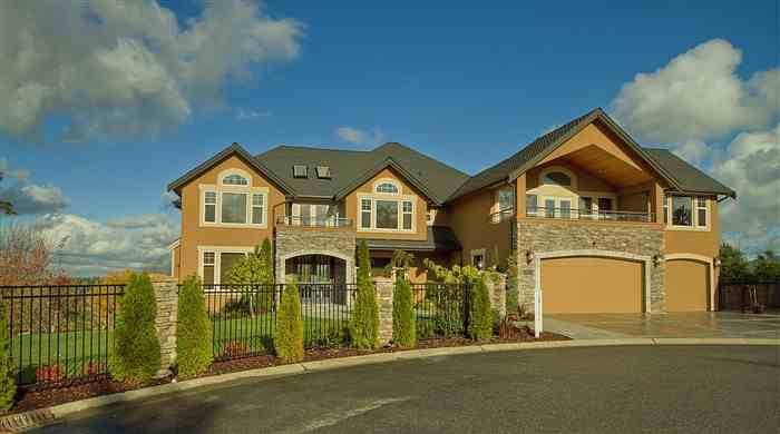 Aaron Curry's house Renton Washington - home photos