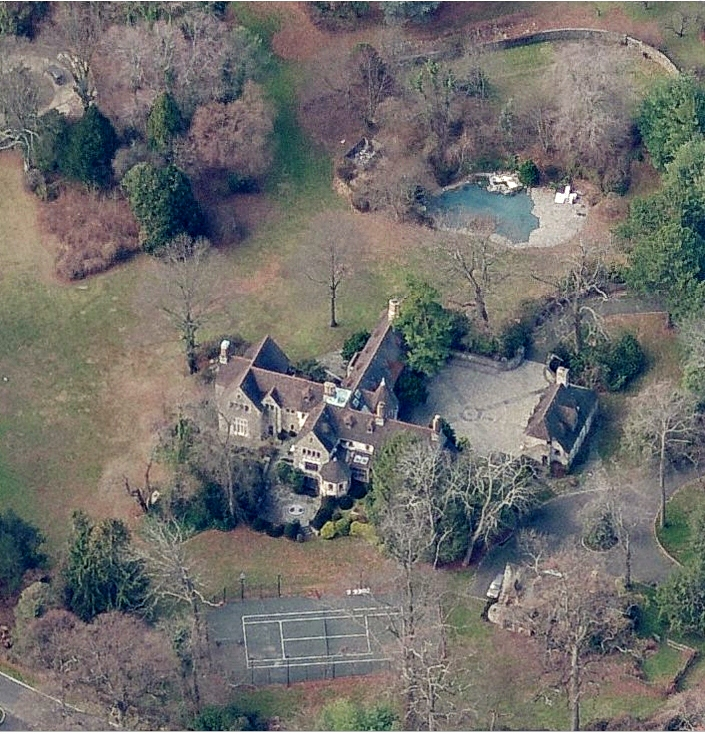 photo: house/residence of fun 250 million earning Greenwich, Connecticut, United States-resident