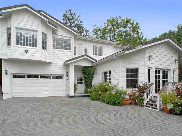 Gilles marini house profile home pictures rare gilles for Homes for sale in studio city ca