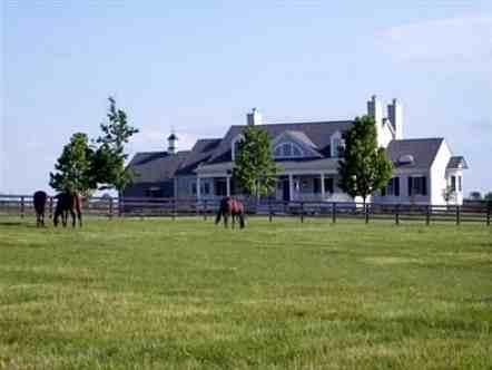 photo: house/residence of handsome 35 million earning Shelbyville, Kentucky-resident