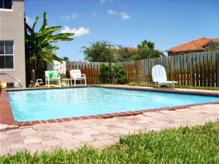 Jose Lezcano house Pembroke Pines Florida - FL home pictures