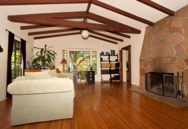 Justin Bartha house - home pictures - Laurel Canyon California
