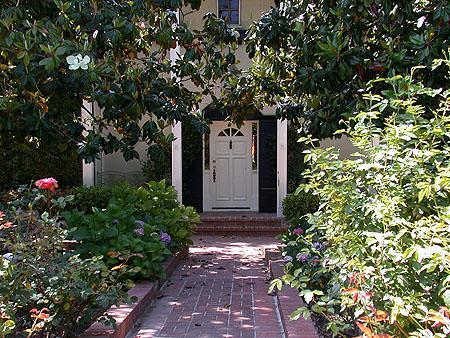 Maria Menounos house Encino, California