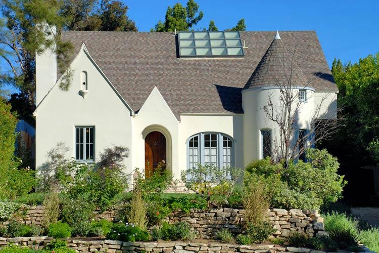 Marin Hinkle house photos - Los Angeles, CA