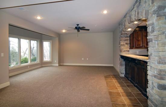 photos of Matt Cassel's house in Loch Lloyd, Missouri - various home pictures