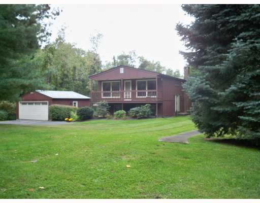 Mikey Teutul's house pictures, Milton, New York home profile and rare Mikey Teutul facts
