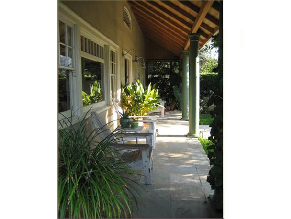 Owain Yeoman house in Hollywood - pictures