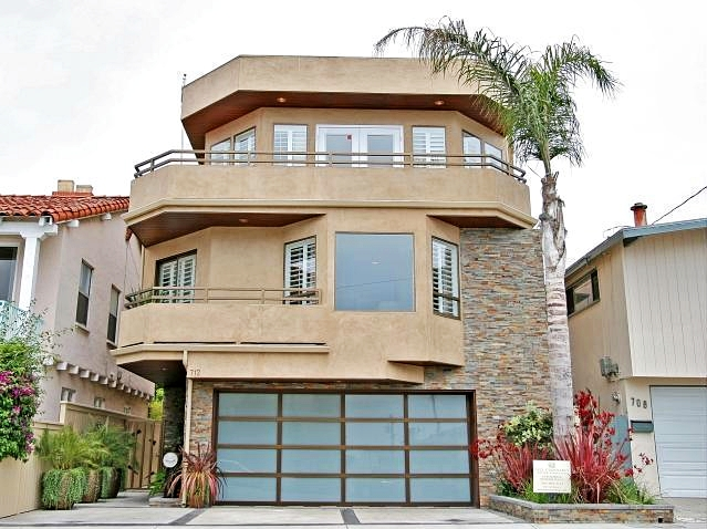 Sasha Vujacic's house Manhattan Beach California