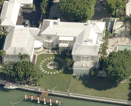 Picture of Barry Gibb's home in Miami Beach, Florida - new house picture 2020