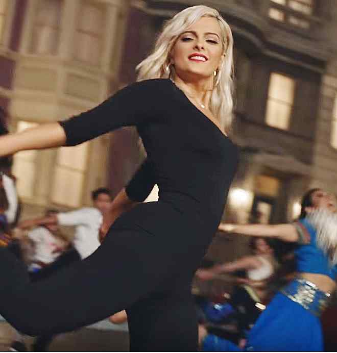 Bebe Rexha - The Way I Are (Dance With Somebody) feat. Lil Wayne