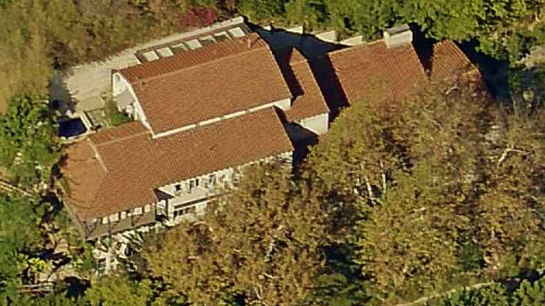 Bette Midler's Beverly Hills House aerial picture
