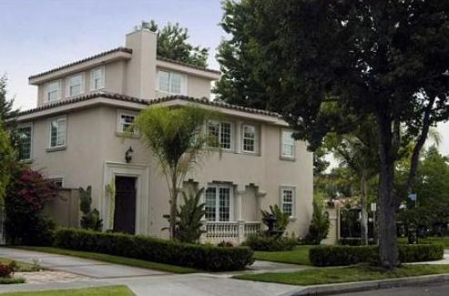 Demi Lovato house Toluca Lake,