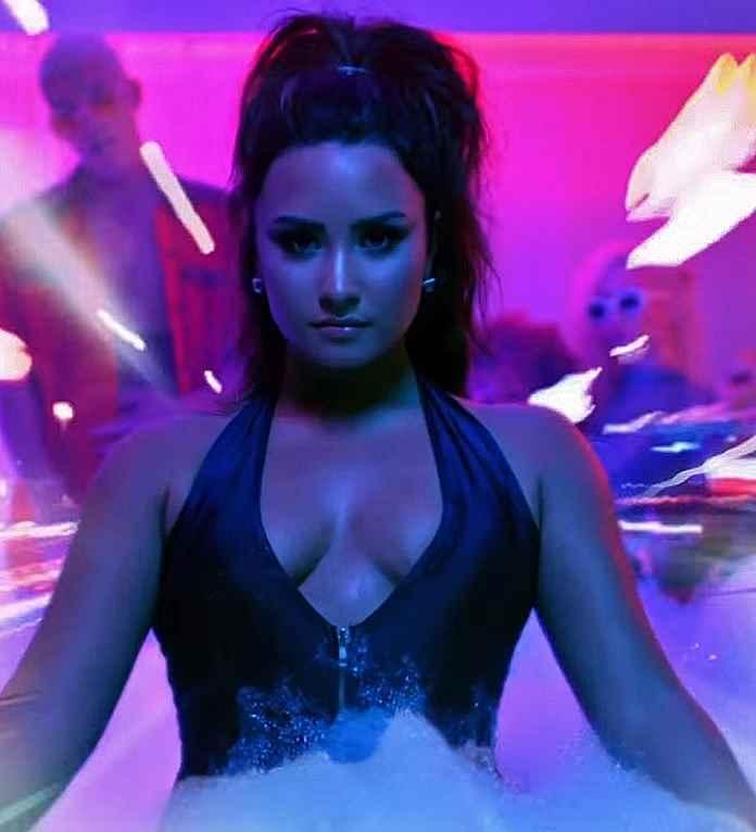 Demi Lovato 'Sorry Not Sorry'