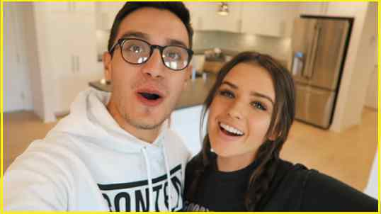 YouTube Stars Jess and Gabriel