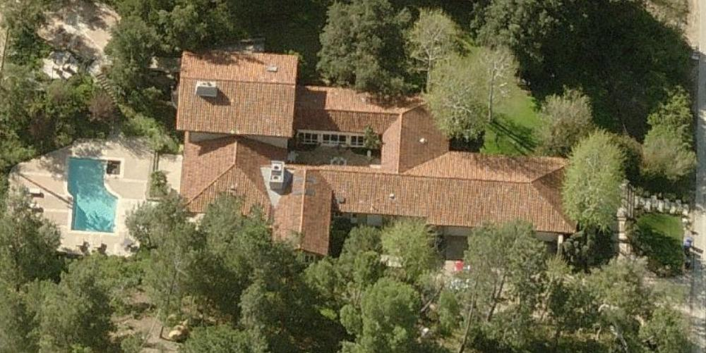 Joe Rogan's house in Bell Canyon California - Joe Rogan aerial home photo