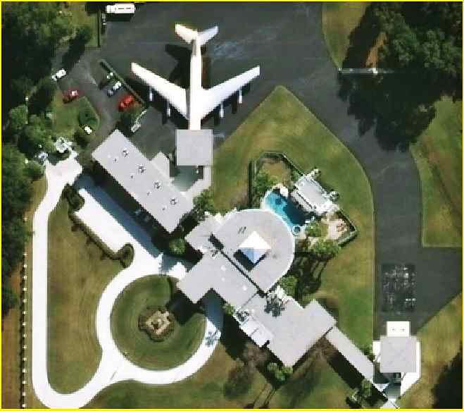 Picture of John Travolta's home in Jumbolair, Florida