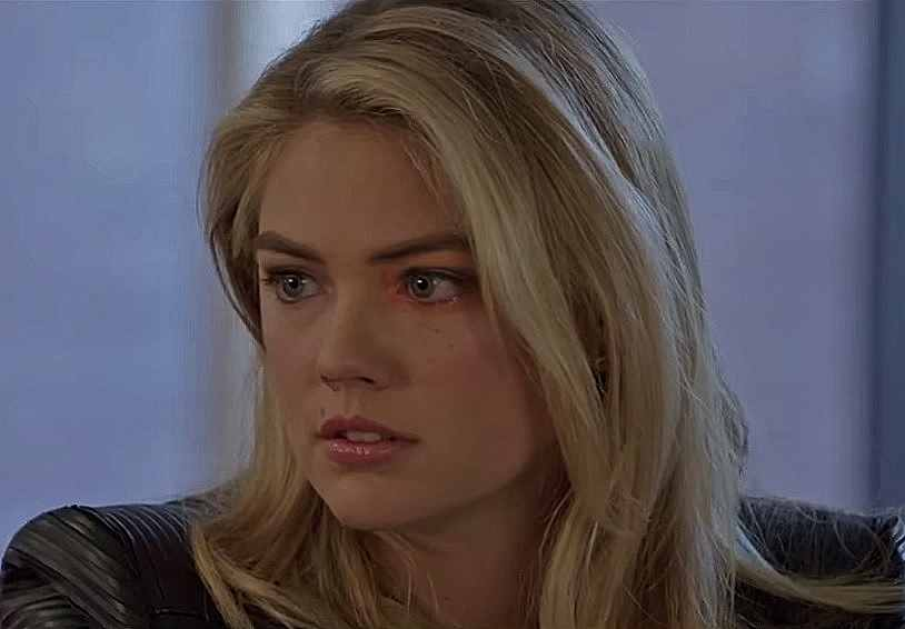 Kate Upton The Layover 2017