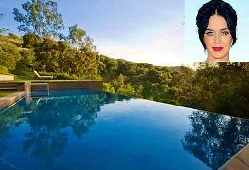 Katy Perry Swimming Pool