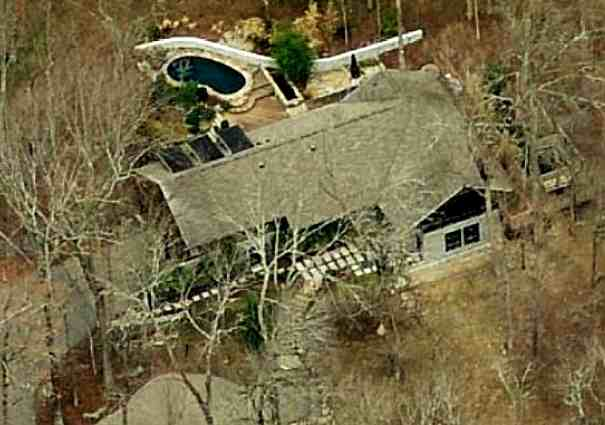 Kesha's house in Nashville, Tennessee