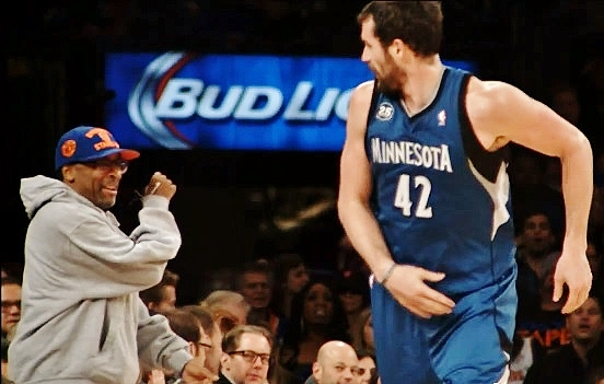 Spike Lee shows appreciation for the talents of NBA star Kevin Love