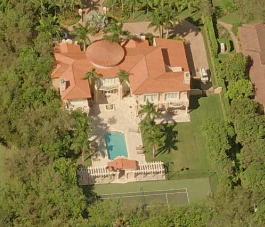 Lamar odom 39 s house pinecrest florida pictures rare facts for Celebrity homes in florida