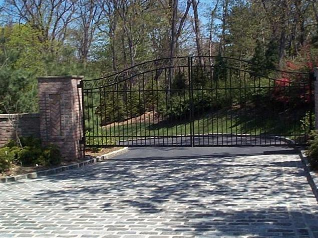 LL Cool J home profile - LL Cool J's house in Manhasset, New York