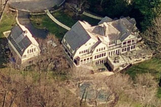 Mike D'Antoni house profile house Rye City - aerial photo