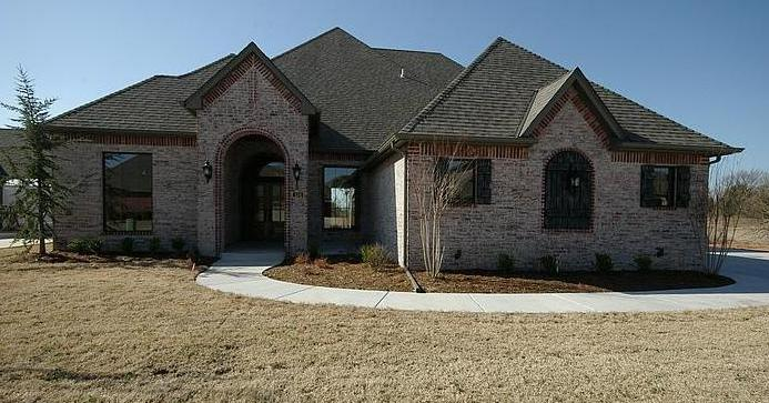 Nick Collison's house in Edmond, Oklahoma - home picture