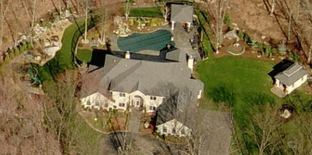 Randy Moss' house Lincoln, RI. Aerial pictures of Randy Moss Lincoln, Rhode Island home.